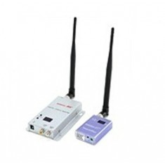 RioRand® 700MW 1.3 GHz Audio / Video AV Wireless Transmitter & Receiver Kit Up to 500 m